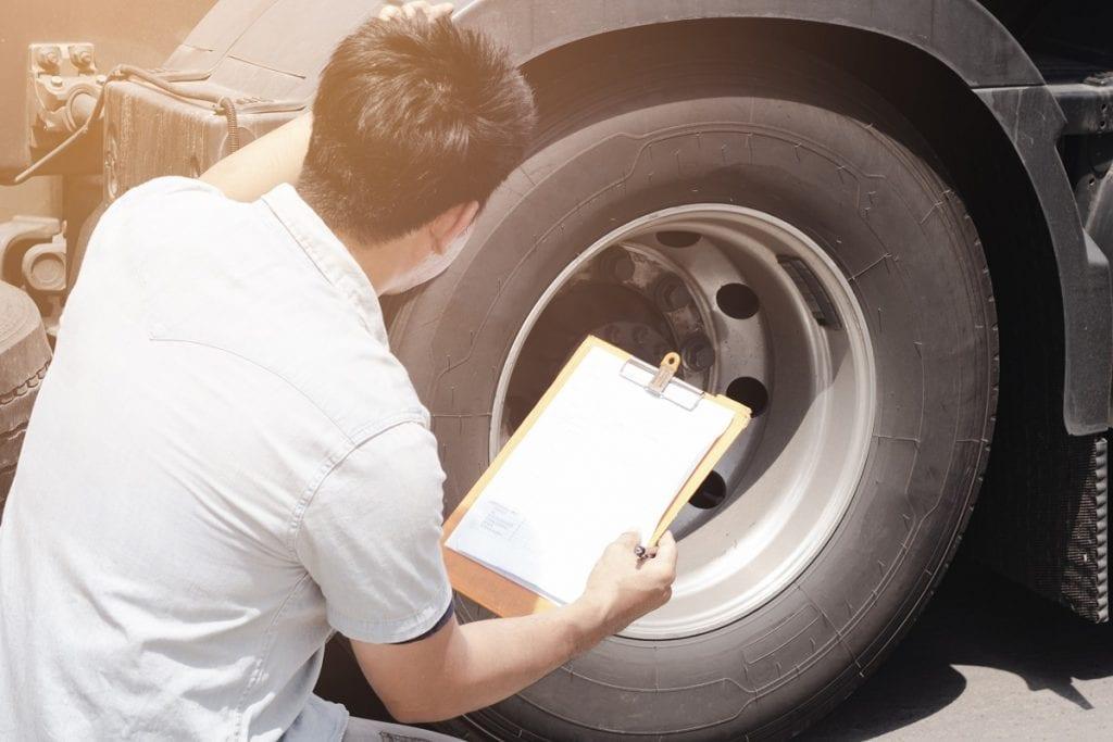 Maintaining & Monitoring Truck Tire Pressure